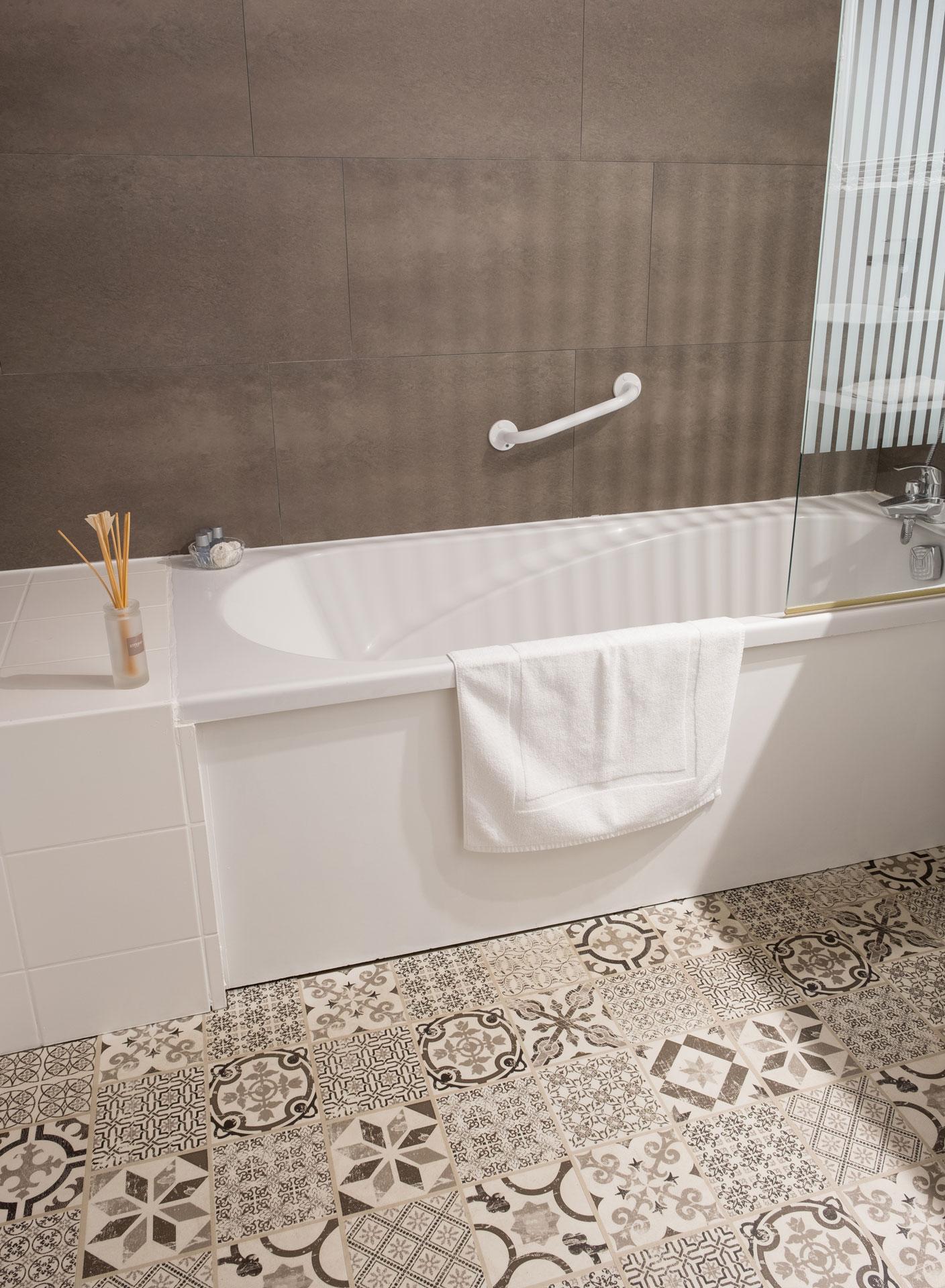 Tapis de bain - Auberge La Grange Aux Loups Apremont