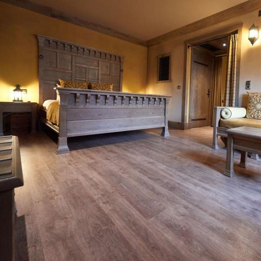 sols souples pvc en lames ou dalles denantes. Black Bedroom Furniture Sets. Home Design Ideas